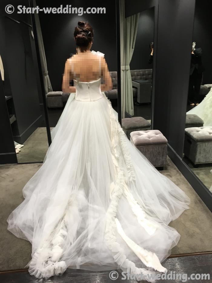 ヴェラウォンのドレス オンディーヌ