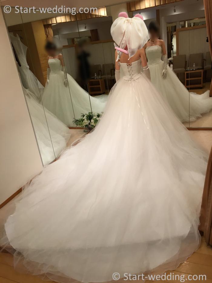 ハツコエンドウ ウェディングドレス