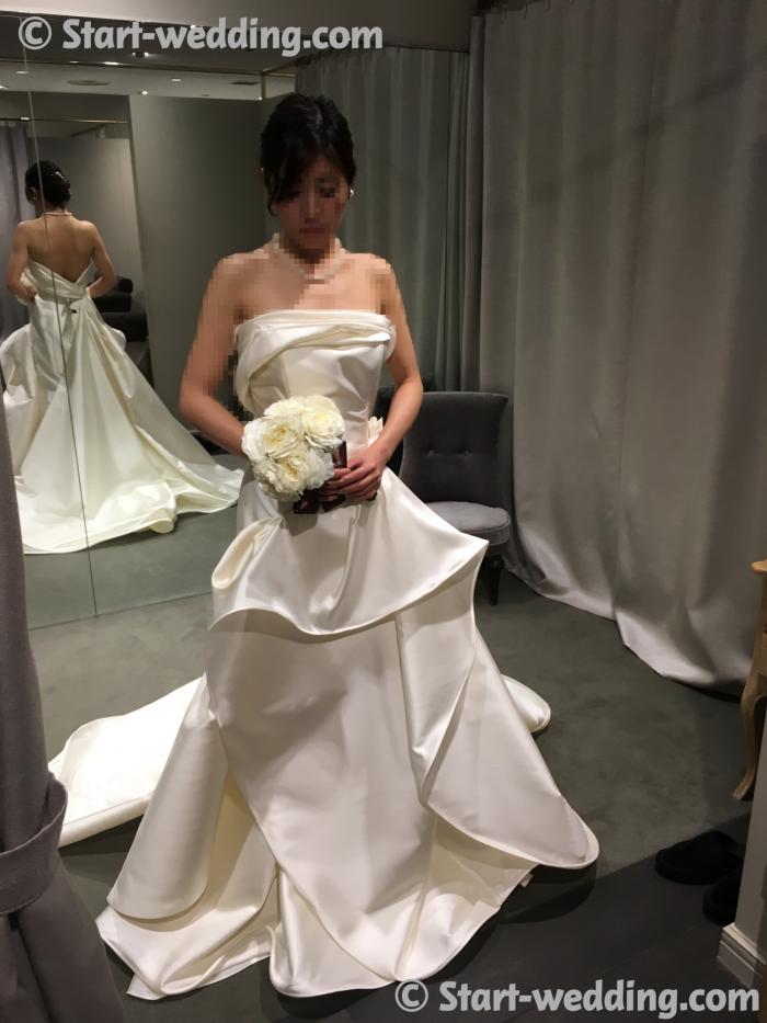 アントニオリーヴァのドレス SUSINA