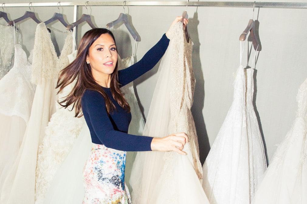 Monique Lhuillier(モニーク・ルイリエ)のウェディングドレス紹介