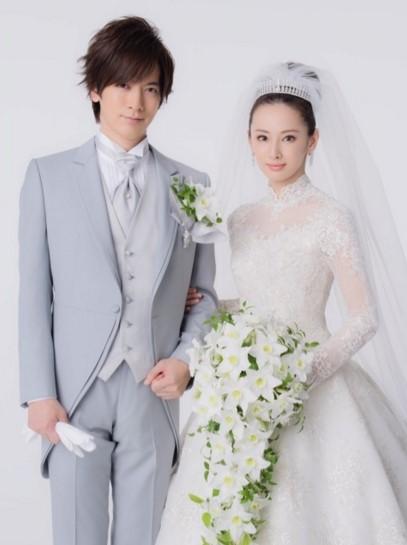 YUMI KATSURA(桂由美)のウェディングドレス紹介