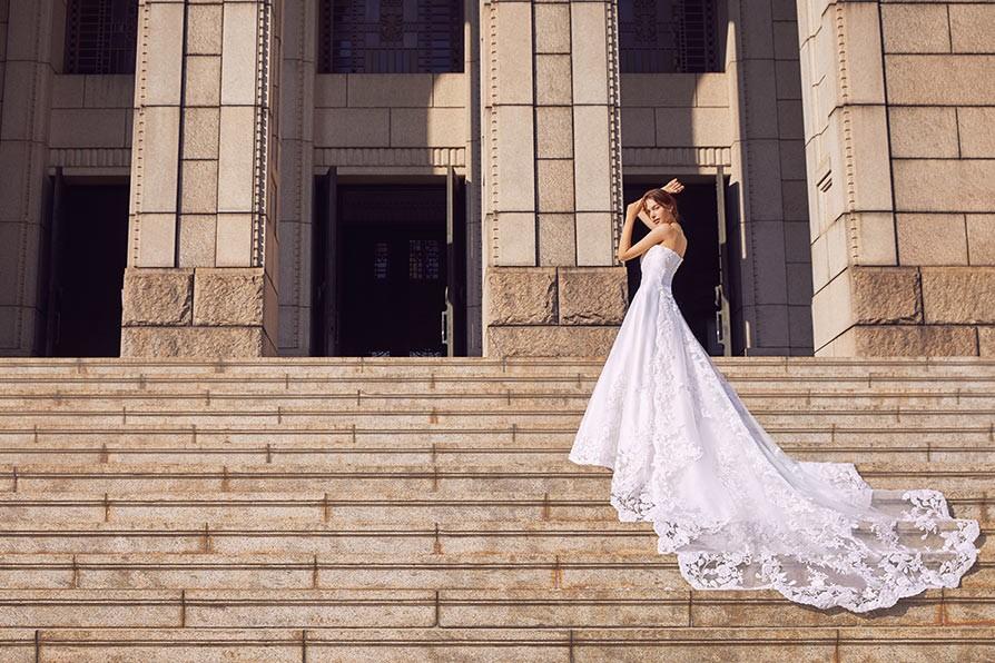 TAKAMI BRIDAL(タカミブライダル)のウェディングドレス紹介